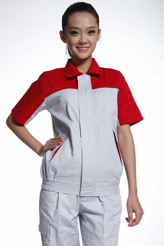 订制工作服的价格和品质之间